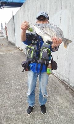 初釣り!珍しく皆釣果!