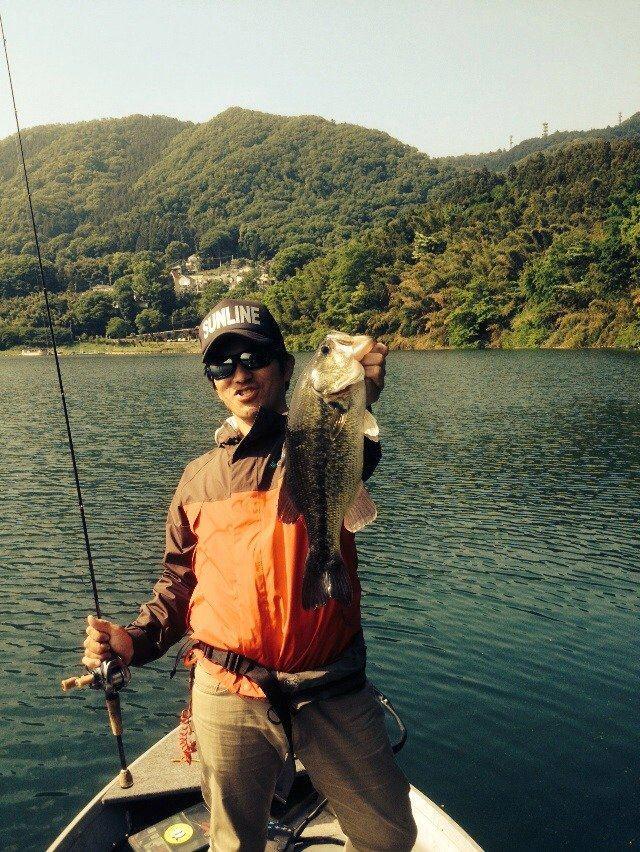 初の津久井湖