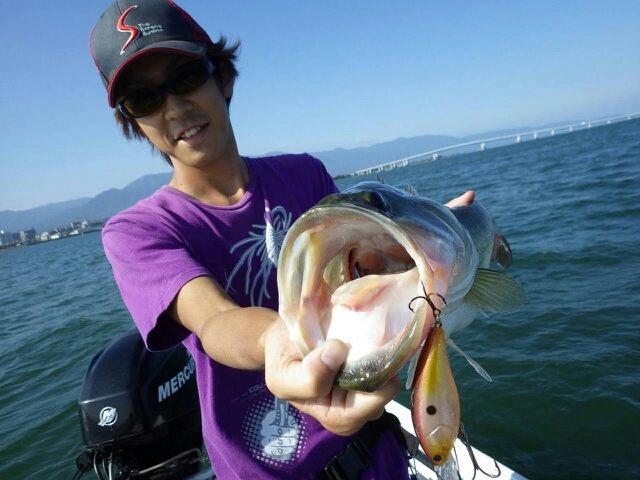 秋らしい釣りで、グットサイズ連発!